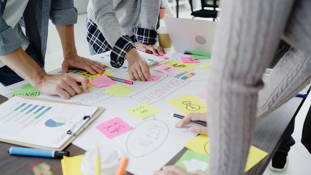 <a href='https://www.freepik.com/free-photos-vectors/business'>Business photo created by tirachardz - www.freepik.com</a>